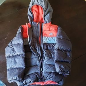 Boys Size 5 Snozu winter jacket
